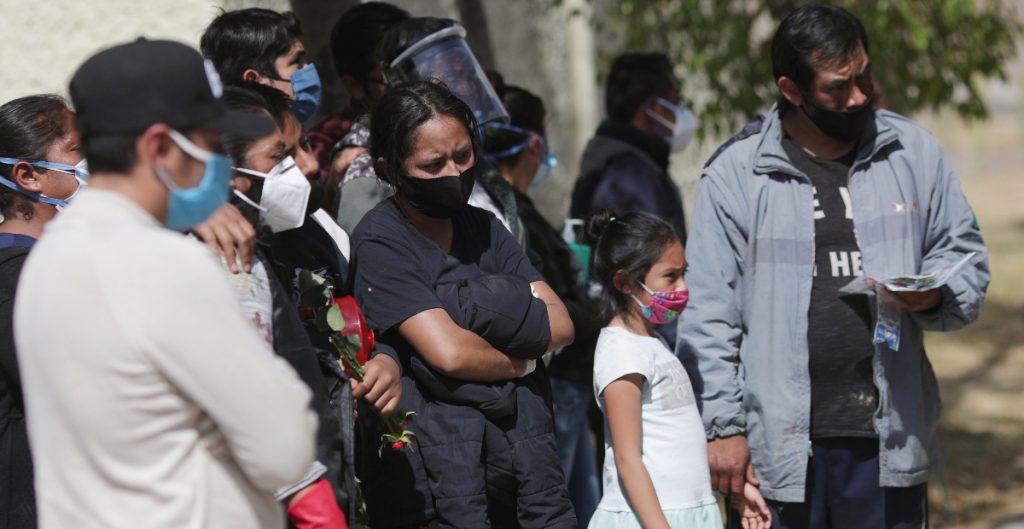 La Ciudad de México va por su octava semana en semáforo rojo
