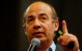 Hospitalizan al expresidente Felipe Calderón por Covid-19
