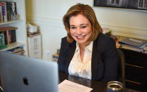Maru Campos, gobernadora electa de Chihuahua, ingresa a hospital tras dar positivo a Covid-19