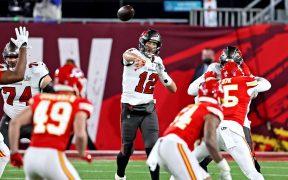 Brady definió el Super Bowl en la primera mitad, con tres pases de TD. Foto: Reuters