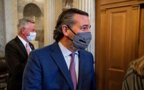 Defensa de Trump se reúne con senadores republicanos tras argumentos de fiscales