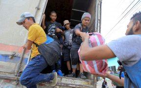 Gobierno envía migrantes de Texas a California para expulsarlos a México