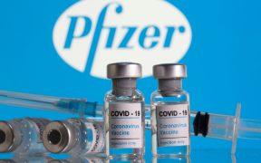 Pfizer podría aumentar capacidad de producción a 3 mil millones de dosis el próximo año: Bloomberg News
