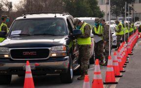 Pese a mal clima, FEMA abre centros de vacunación masiva en Los Angeles y Oakland