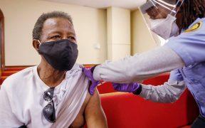 Tormentas invernales retrasan envío de vacunas contra Covid-19 a Florida