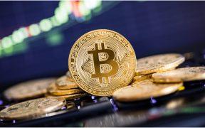 bitcoin-se-deprecia-porque-tesla-dejara-usarlo-forma-de-pago