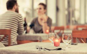 Restaurantes podrán brindar servicio en interiores en CDMX desde el lunes