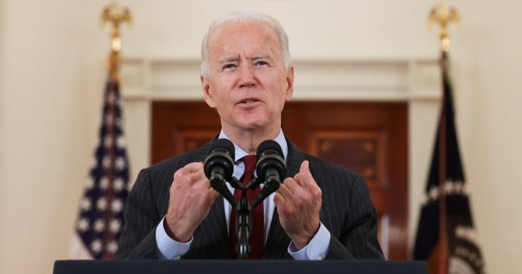 """Biden lamenta las 500 mil muertes por coronavirus: """"no podemos aceptar un destino tan cruel"""""""
