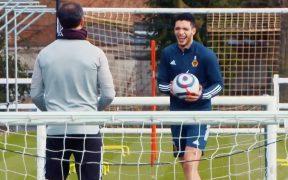Raúl Jiménez muestra buen avance en su recuperación. Foto: Captura de video