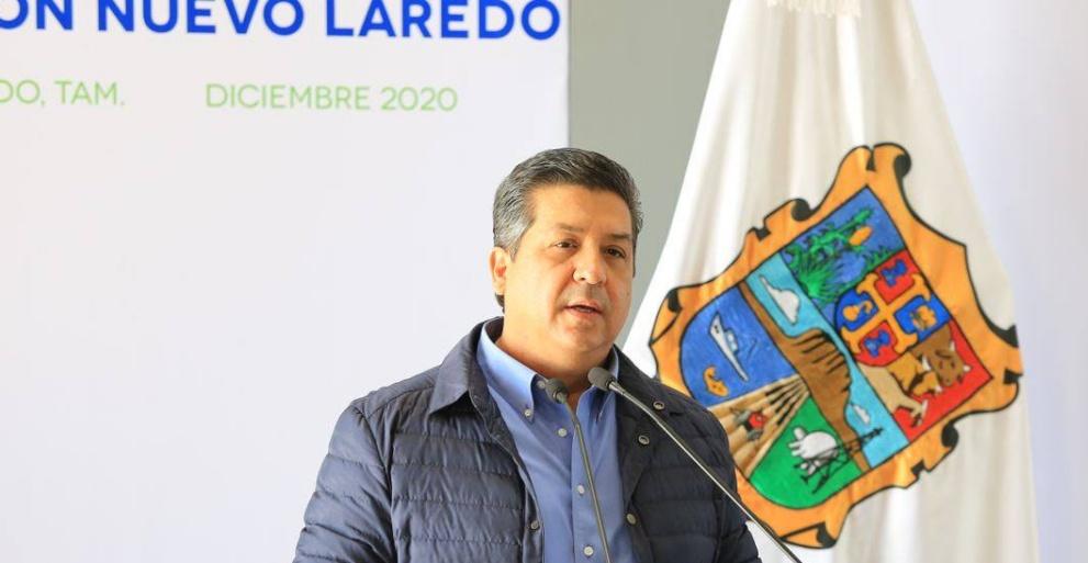 Gobernador Cabeza de Vaca llega a Cámara de Diputados para ser notificado de cargos en su contra