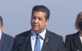 Gobernador Cabeza de Vaca viaja a CDMX para defenderse de acusaciones por delincuencia y lavado
