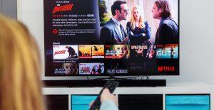 La saga de Karate Kid llega a Netflix. Conoce los estrenos de la plataforma para marzo