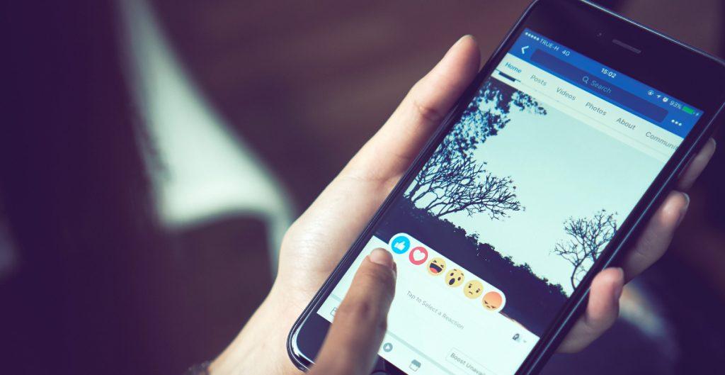 Facebook reconoce que se excedió al prohibir contenido noticioso en Australia