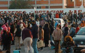 Desorden, desinformación y largas filas en campaña de vacunación contra Covid en Ecatepec