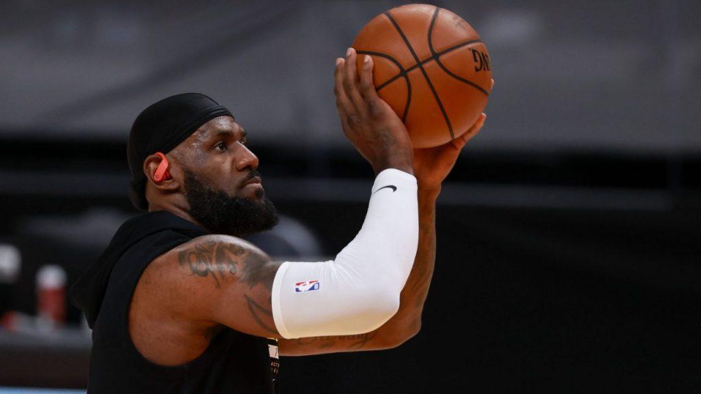 LeBron James, estrella de los Lalers. Foto: Reuters