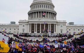 FBI investiga video que podría vincularse con muerte de policía en el Capitolio
