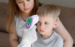 Reino Unido hará pruebas de Covid-19 a todos sus niños para reabrir escuelas