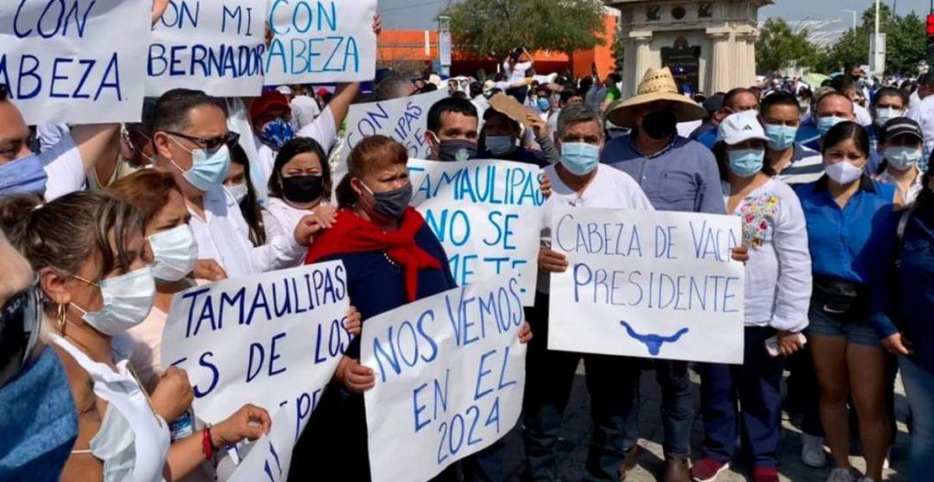 Marchan en apoyo del gobernador Cabeza de Vaca