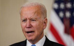 Biden insta a senadores demócratas a respaldar el paquete de ayuda por el coronavirus