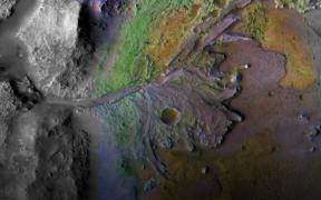 NASA y Google crean sitio con imágenes en alta resolución de Marte