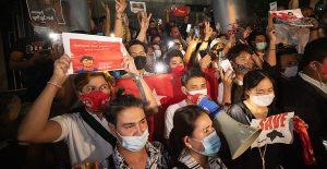 La UE suspende ayuda financiera a Birmania tras el golpe de Estado