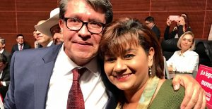 Evelia Sandoval, senadora suplente de Nueva Alianza, pide su incorporación a Morena