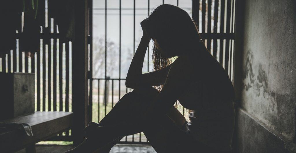 Autoridades buscan a mexicanos acusados de operar una red de tráfico sexual de migrantes en EU