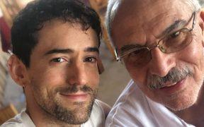"""Luis Gerardo Méndez lamenta fallecimiento de su padre; """"seguía trabajando como médico sin vacuna"""", denuncia"""