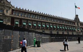 Las vallas frente a Palacio Nacional se colocaron para proteger el patrimonio cultural: Sheinbaum