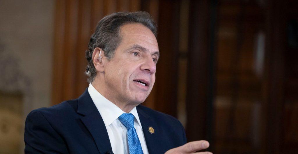 Líder de la mayoría en el Senado de Nueva York pidió la dimisión de Andrew Cuomo