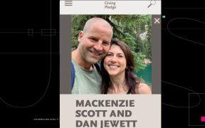 MacKenzie Scott, la tercera mujer más rica del mundo, se casa con un profesor de ciencias