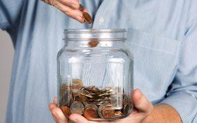 40% de estadounidenses enfrentan pérdidas financieras por Covid: encuesta