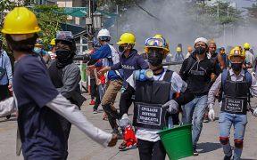 Policía de Birmania allana casas de huelguistas contra golpe de Estado
