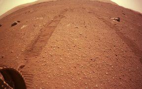 El Perseverance ya busca vida en Marte; así se escucha destruyendo rocas