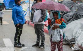 Niños de campamento migrante en Tijuana enferman por bajas temperaturas; hasta 50 han sido afectados