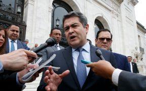 Testigo afirma que el presidente de Honduras se reunió con narcotraficantes y recibió sobornos