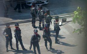 Junta militar de Birmania detiene a destacado portavoz del partido de Aung San Suu Kyi