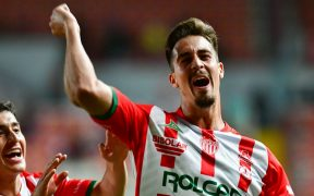 Ian González celebra el gol del triunfo. Foto: Mexsport