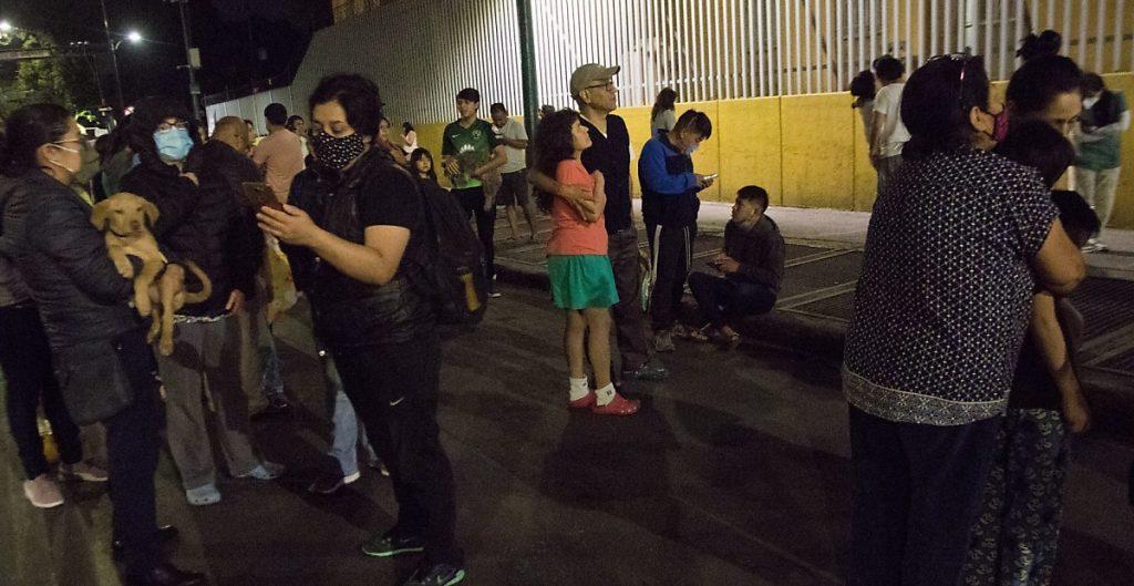 Pese a sismo, en algunas alcaldías no sonó la alerta y 974 postes reportaron simulacro, admite gobierno de CDMX