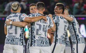 Los jugadores del América celebran el autogol de Mazatlán. Foto: Mexsport