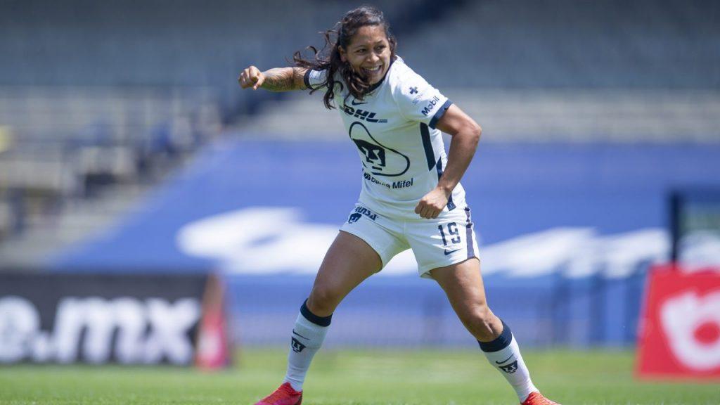 Fabiola Santamaría celebra su histórico gol en el Estadio Olímpico Universitario. Foto: Mexsport