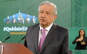 INE emite medida cautelar contra AMLO por violar la veda electoral durante conferencia matutina