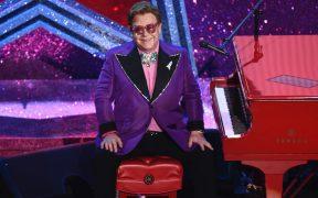 Elton John abrirá su fiesta de la noche de los Oscar al público; Dua Lipa cantará