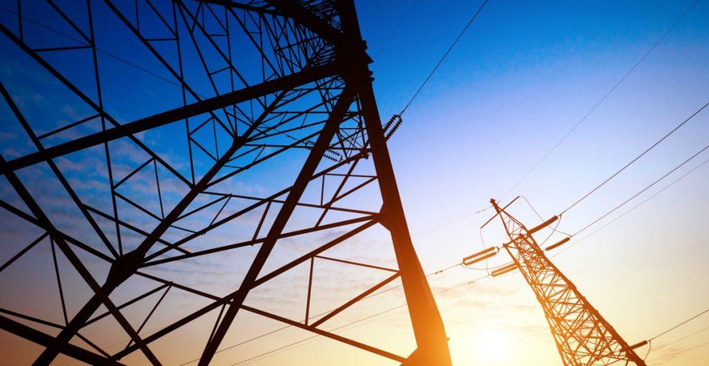Gobierno Federal impugna suspensiones contra reforma eléctrica de AMLO