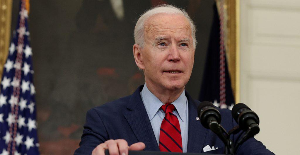 Biden ordena al Congreso actuar sobre el control de armas tras tiroteo en Colorado