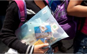 gobierno-biden-no-deja-entrar-menores-migrantes-eu-activista
