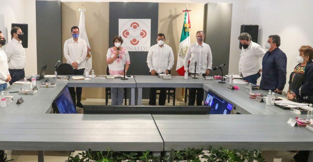 Ante riesgo de una tercera ola de Covid se considera un reajuste en velocidad de apertura de escuelas: López-Gatell