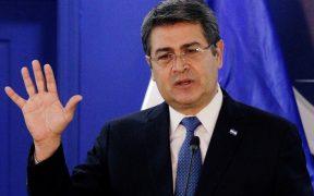 """Presidente de Honduras dice que uso de testimonios falsos en Nueva York que lo involucran con el narcotráfico es """"indignante"""""""