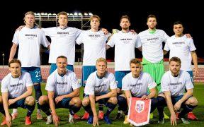 Los seleccionados de Noruega mostraron una playera exigiendo derechos humanos en Qatar 2022. Foto: @nff_landslag