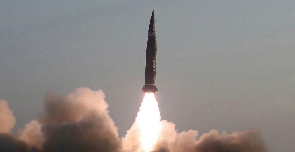 """Corea del Norte confirma que probó un """"nuevo tipo de proyectil táctico guiado"""""""